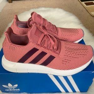 Adidas Swift Run Shoes Women's New